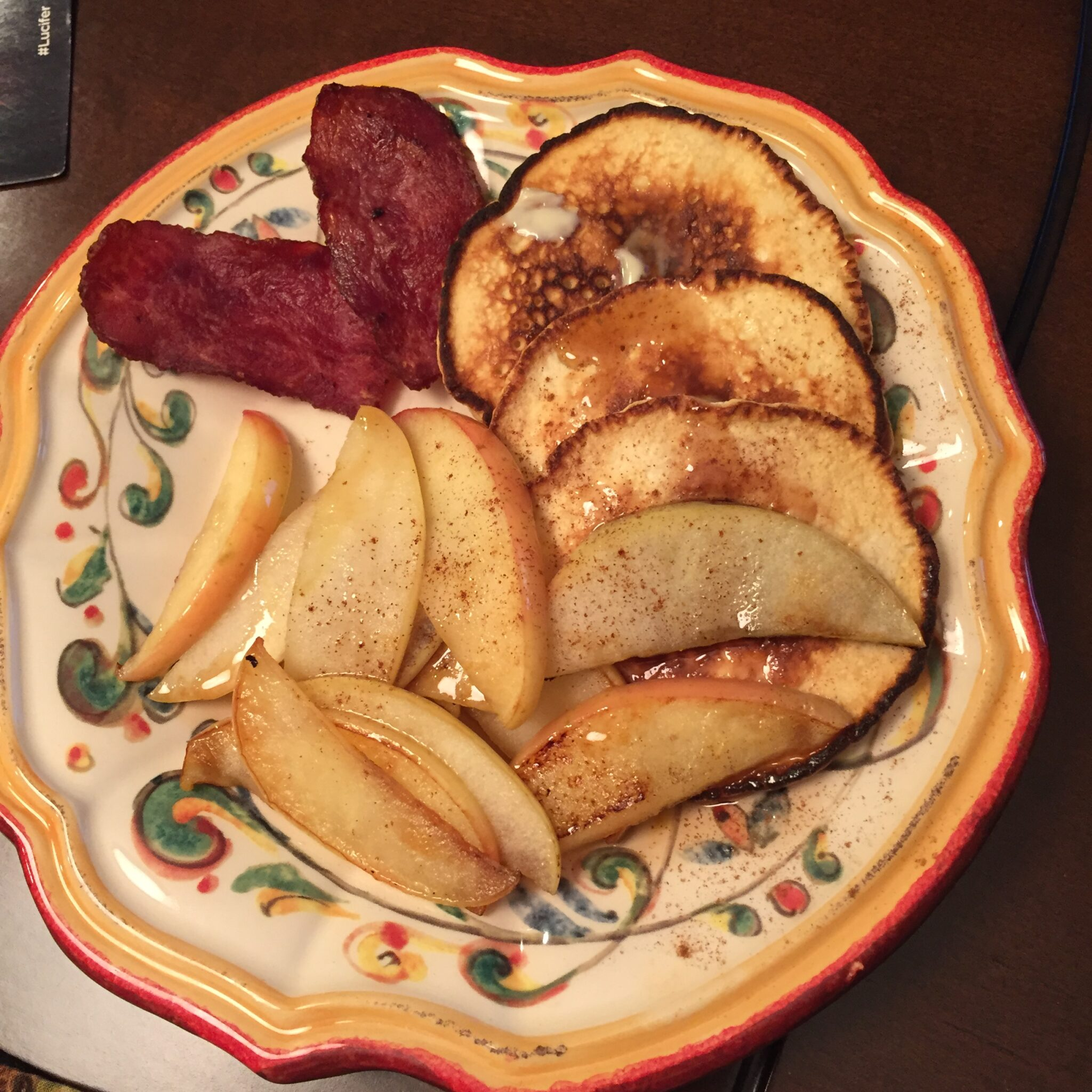 Pancakes And Apples For Breakfast? Yes Please!