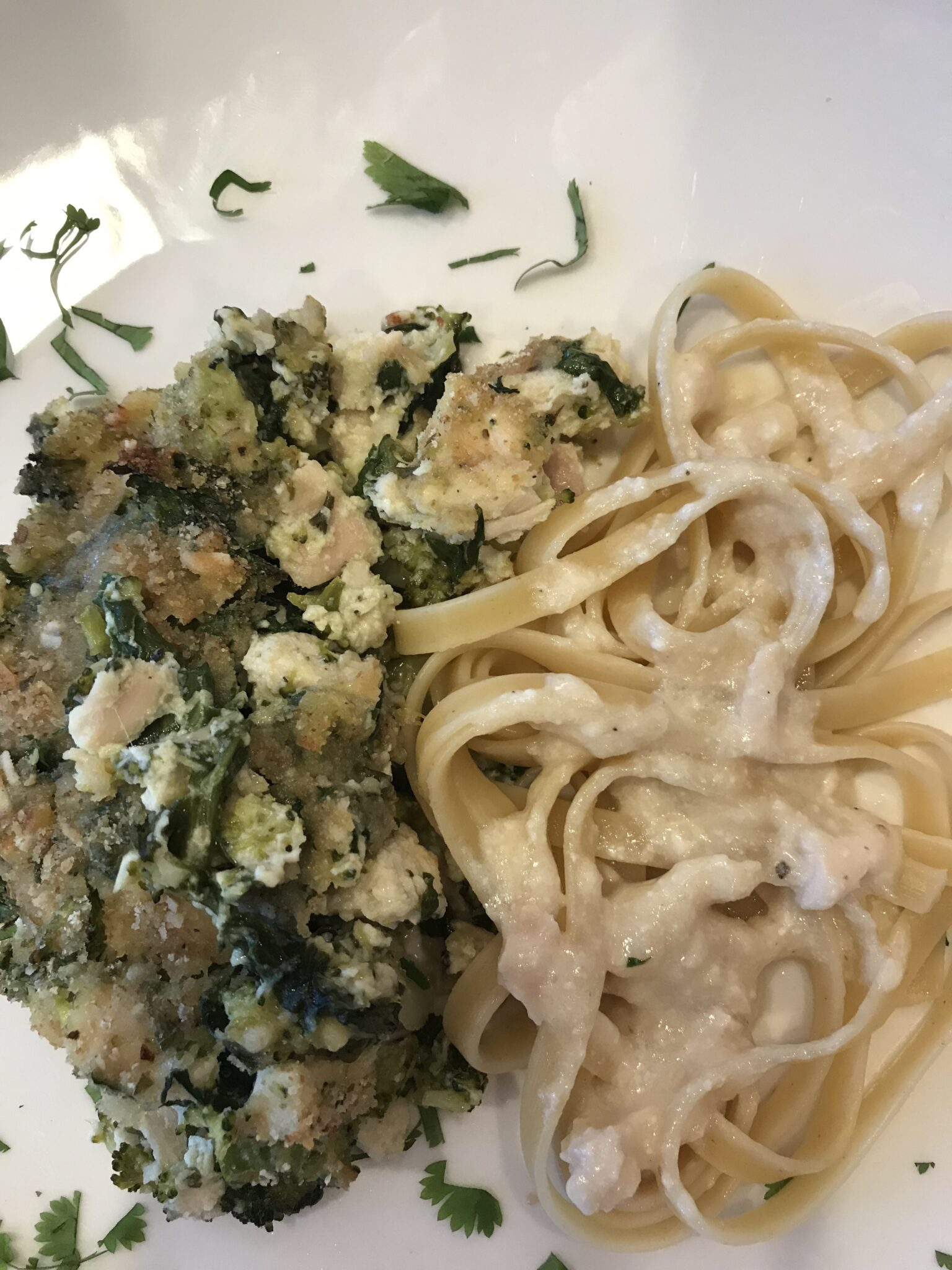 "It's All About The ""Garlic"" Alfredo Sauce – Try It, You'll Like It"